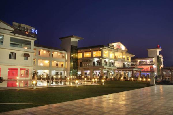 Hotel Drive in 24 Hotel and Resto on NH 24 Highway in Moradabd